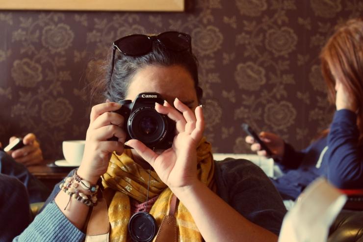 sarah-and-camera
